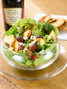 Ann's Summer Peach Salad