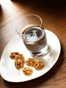 Walnuts and Vanilla Fig Cocktail
